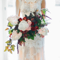 Hogarth wedding bouquet by Amanda Randell MDPF